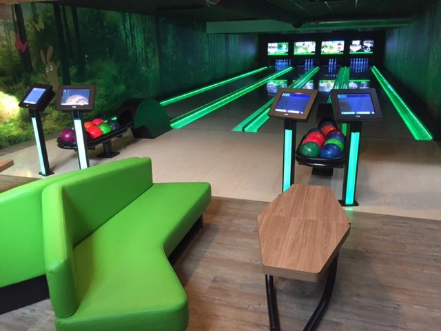 Green-Bowling-3